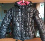 Фирменная куртка как новая