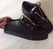 Новые ботинки , 39 и 37 размеры в наличии
