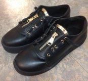Новые ботинки ,размеры 37 и 39 в наличии