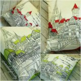 Подушка Открытка из Парижа. Зеленая