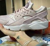 Кроссовки женские Nike huvarashe р