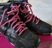 Весенние ботинки RED