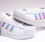 кроссовки новые Adidas 38,39 в наличии
