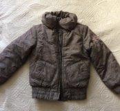 Куртка демисезонная на 134,в идеале