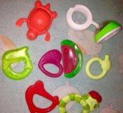 Прорезыватели, погремушки,резиновые игрушки,развив