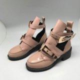 Открытые ботинки Баленсиага