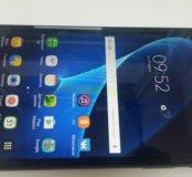 Планшет Samsung SM T280
