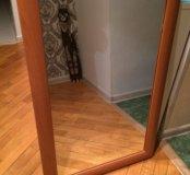 Зеркало в деревянной рамке 90 на 60
