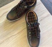 Продам новые ботинки кеды размер 38-39 кожа