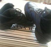Кроссовки для танцев , новые