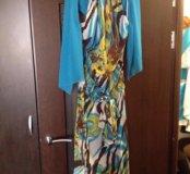 Платье р.48 очень красивое