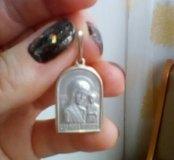 Кулон Богородица