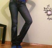 Продам женские джинсы Motor