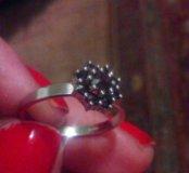 Кольцо,серебро925, гранаты
