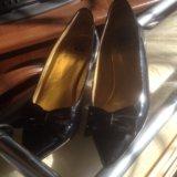 Туфли женские лаковые Италии