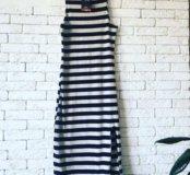 Платье в полоску новое