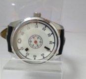Часы кварцевые Kraftworxs KW-T-8W2