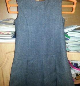 Школьная форма(сарафан+блузка).