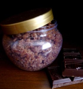Шоколадный сахарный скраб для тела