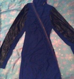 Платье фирменное черное,новое.