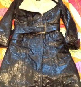 Стильная и тёплая дубленка-пальто Размер S (44)