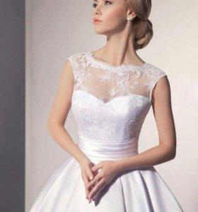 Свадебное новое платье 42-44р.