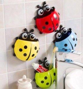 Подставка для зубной пасты и щёток на присоске