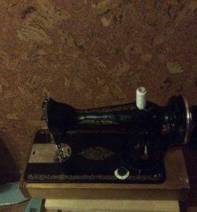 Машинка швейная рабочая