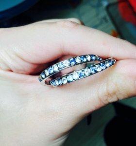 Сережки-кольца новые