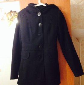 Пальто теплое демисезонное