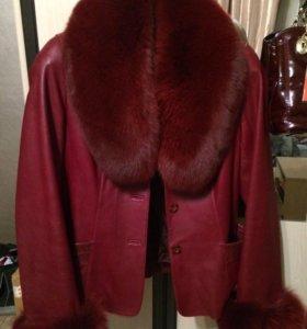 Куртка кожанная с мехом. Демисезон. Размер 46-48