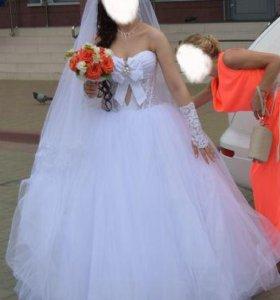 Свадебное платье и кринолин