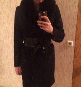 Пальто зимнее. Ношено месяц два
