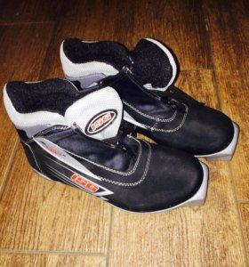 Лыжные ботинки ISG