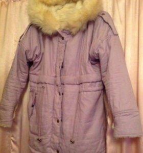 Куртка-парка зимняя с капюшоном.