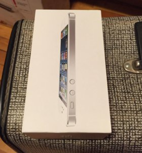 Коробочка для Apple iPhone 5 белая