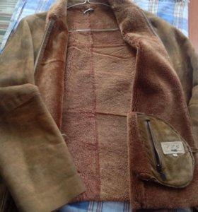 Куртка - дубленка.