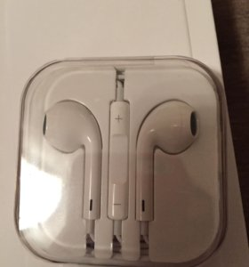 Новая стерео-гарнитура Apple iPhone