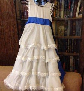 Платье для девочки ручной работы(подъюбник в подар