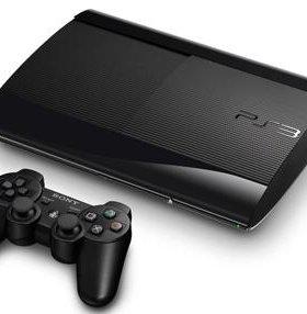 PS3 500Гб памяти и 4 игры в комлекте