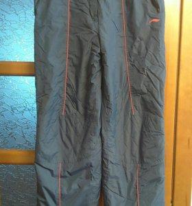Спортивные горнолыжные брюки