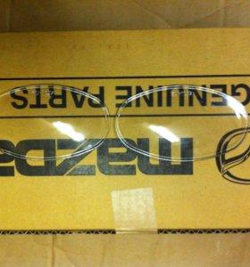 Стекло Птф противотуманной фары Мазда Mazda 3 до08