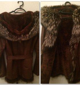 Натуральная кожаная куртка с мехом чернобурки