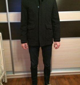 Мужское пальто, размер М