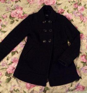 Пальто черное шерстяное o'stin