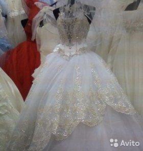 Свадебное платье новое 40-44