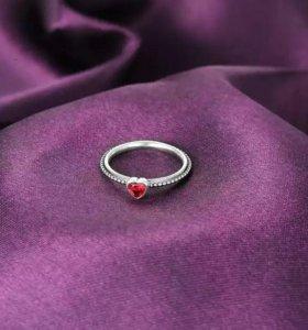 Кольцо новое Сердечко серебро