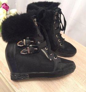 Ботинки зимние Casadei