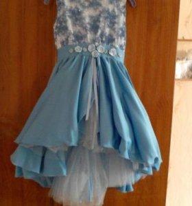 Нарядное платье для девочки 4-6 лет