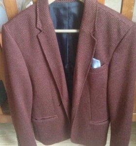 Приталенный мужской пиджак Zara MAN